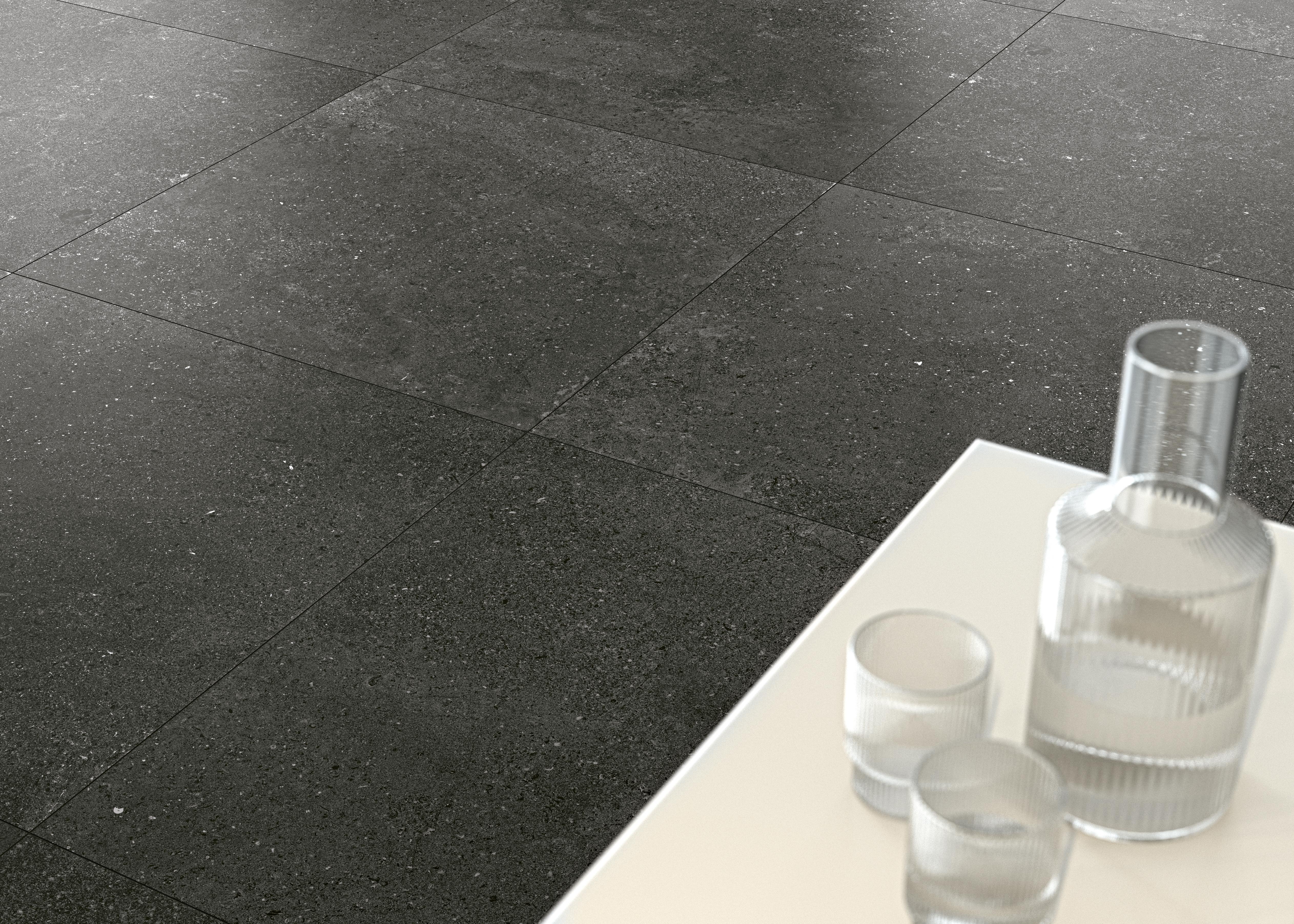 dunkel grau Steinoptik Bodenfliesen,  dark grey  stone effect tiles tiles  on the floor